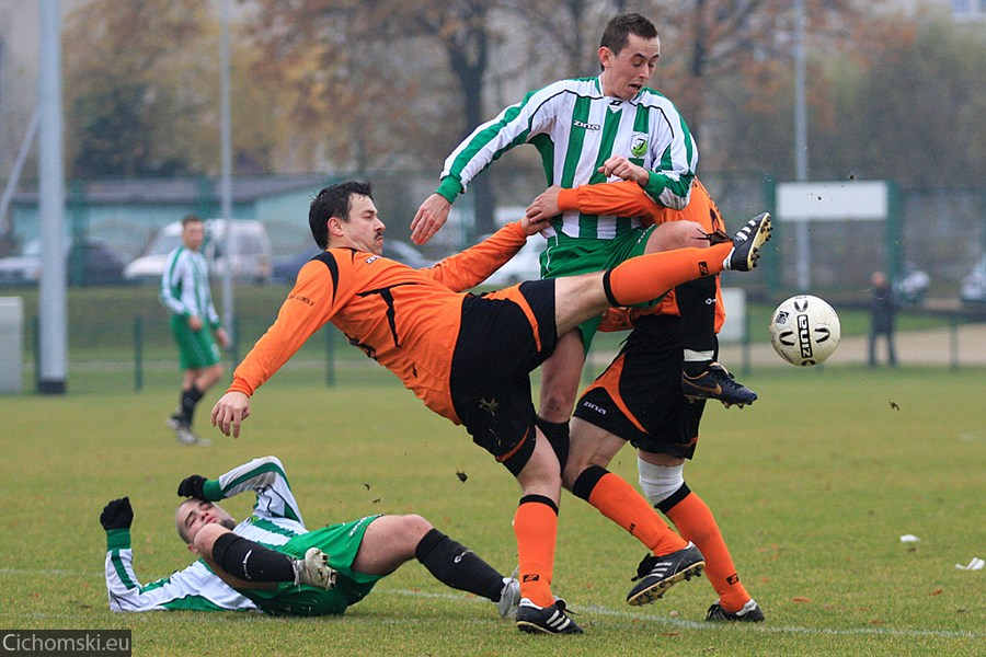 2009.11.11 Hutnik Szczecin - Ina Goleniow 06