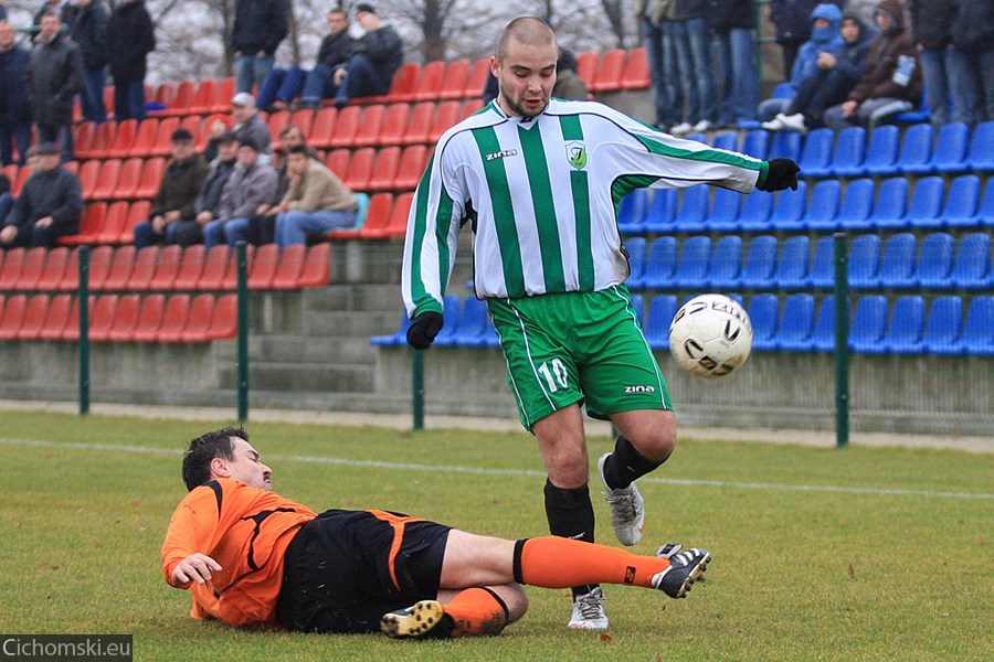 2009.11.11 Hutnik Szczecin - Ina Goleniow 08