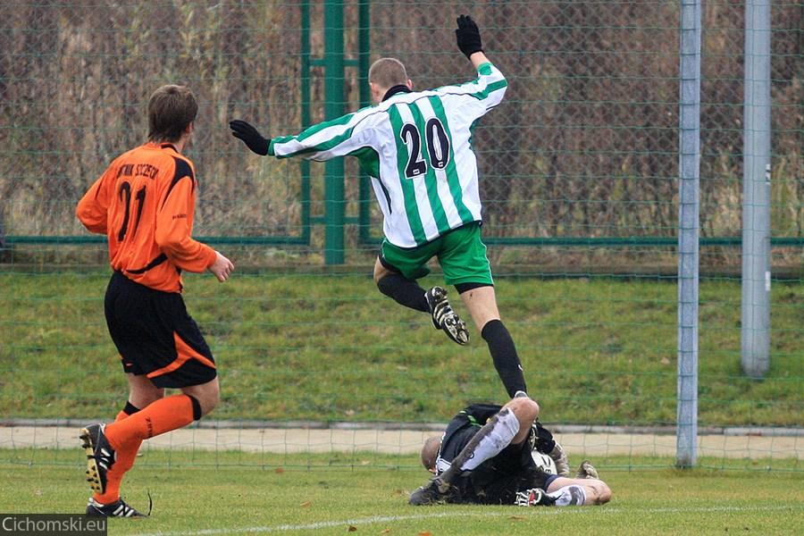 2009.11.11 Hutnik Szczecin - Ina Goleniow 13